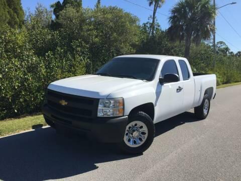 2013 Chevrolet Silverado 1500 for sale at VICTORY LANE AUTO SALES in Port Richey FL