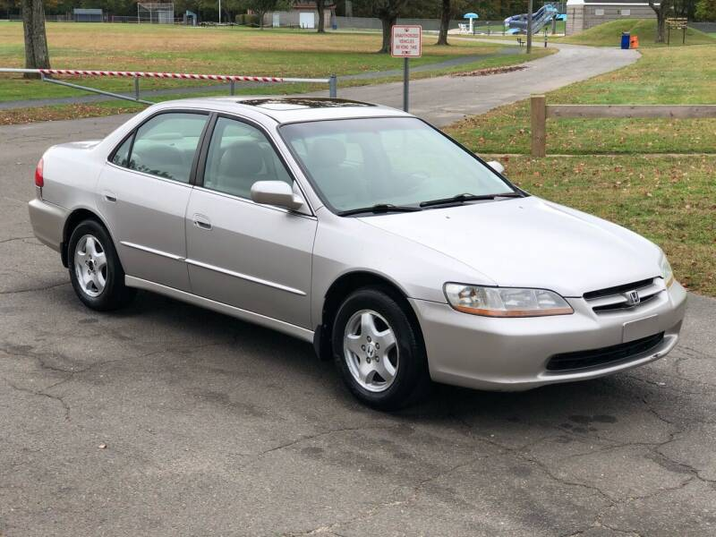 1998 Honda Accord for sale at Choice Motor Car in Plainville CT