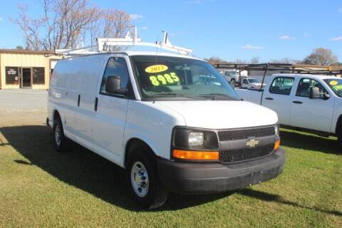 2013 Chevrolet Express Cargo for sale at Vehicle Network - LEE MOTORS in Princeton NC