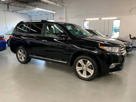 2013 Toyota Highlander for sale at The Car Buying Center in Saint Louis Park MN