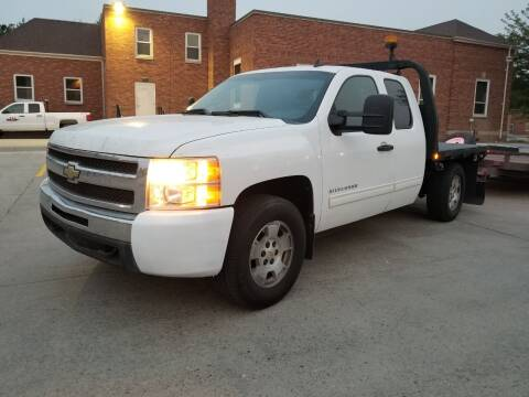 2010 Chevrolet Silverado 1500 for sale at KHAN'S AUTO LLC in Worland WY