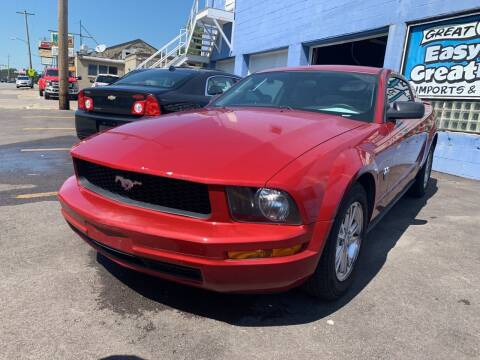 2009 Ford Mustang for sale at Ideal Cars in Hamilton OH