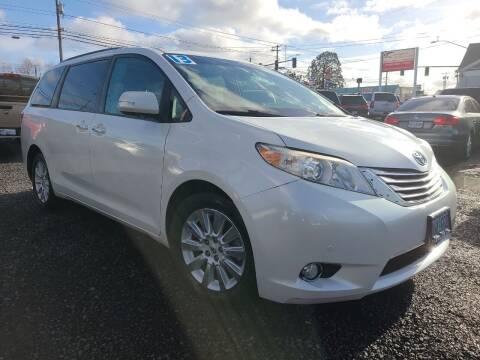2013 Toyota Sienna for sale at Universal Auto Sales in Salem OR