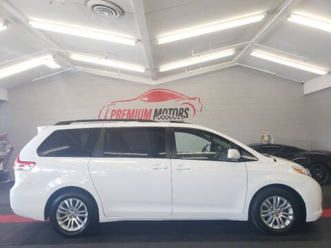 2011 Toyota Sienna for sale at Premium Motors in Villa Park IL