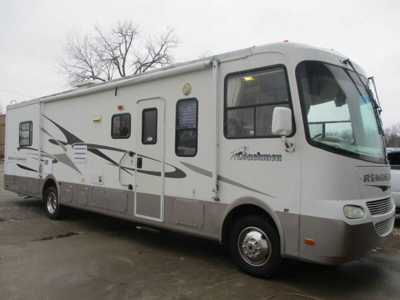 2003 Coachmen CLASS A  32.5 FT   RENDEZVOUS for sale at Schrader - Used Cars in Mt Pleasant IA