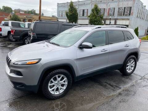2017 Jeep Cherokee for sale at East Main Rides in Marion VA