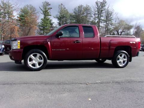 2009 Chevrolet Silverado 1500 for sale at Mark's Discount Truck & Auto Sales in Londonderry NH