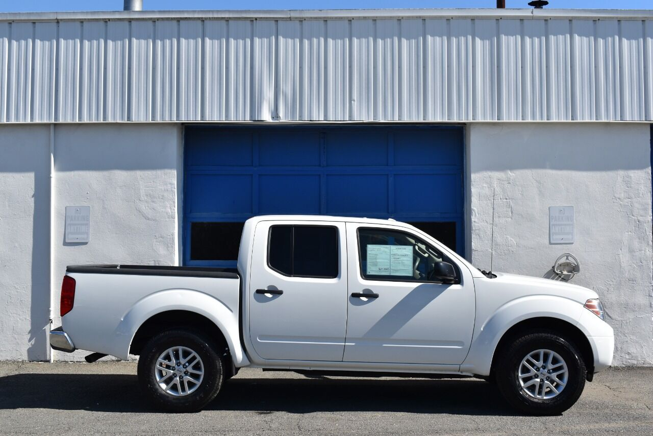 2014 Nissan Frontier SV 4×4 4dr Crew Cab 5 ft. SB Pickup 5A full