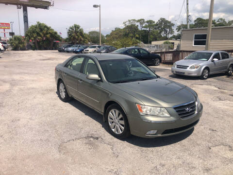 2010 Hyundai Sonata for sale at Friendly Finance Auto Sales in Port Richey FL
