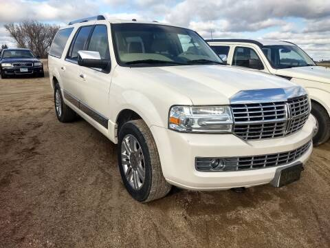 2007 Lincoln Navigator L for sale at RDJ Auto Sales in Kerkhoven MN