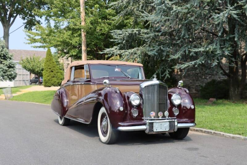 1952 Bentley Mark VI for sale at Gullwing Motor Cars Inc in Astoria NY