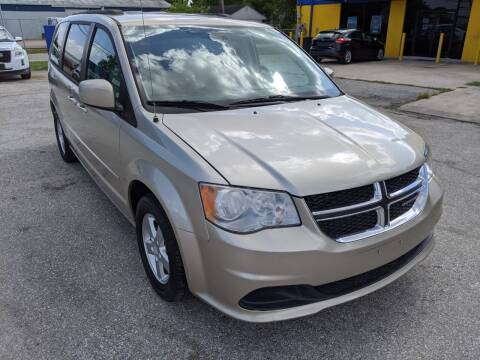 2012 Dodge Grand Caravan for sale at PREMIER MOTORS OF PEARLAND in Pearland TX