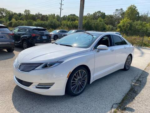 2013 Lincoln MKZ for sale at Davidson Auto Deals in Syracuse IN