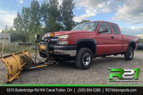 2005 Chevrolet Silverado 2500HD for sale at Route 21 Auto Sales in Canal Fulton OH