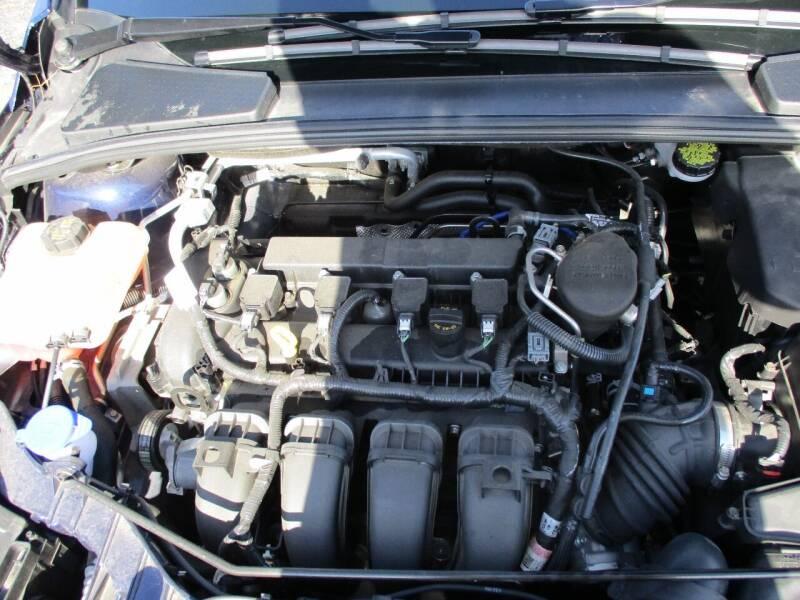 2016 Ford Focus Titanium 4dr Hatchback - Richland Center WI