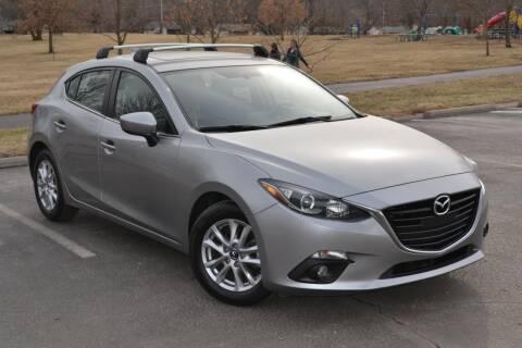 2015 Mazda MAZDA3 for sale at GLADSTONE AUTO SALES    GUARANTEED CREDIT APPROVAL in Gladstone MO