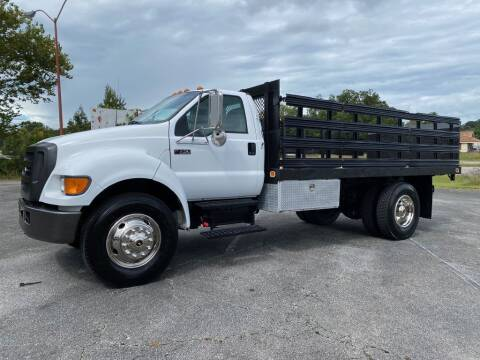 2006 Ford F-750 Super Duty for sale at Heavy Metal Automotive LLC in Anniston AL