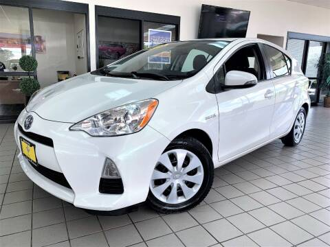 2013 Toyota Prius c for sale at SAINT CHARLES MOTORCARS in Saint Charles IL