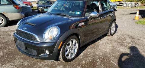2010 MINI Cooper for sale at Village Car Company in Hinesburg VT