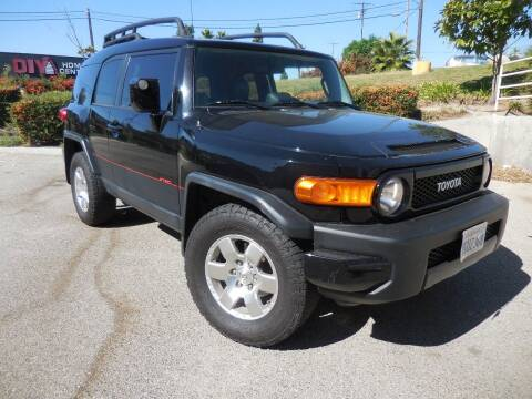 2009 Toyota FJ Cruiser for sale at ARAX AUTO SALES in Tujunga CA