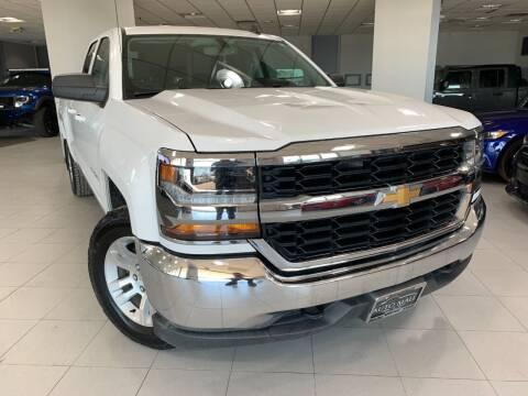 2018 Chevrolet Silverado 1500 for sale at Auto Mall of Springfield in Springfield IL