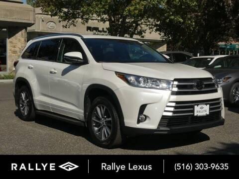 2017 Toyota Highlander for sale at RALLYE LEXUS in Glen Cove NY