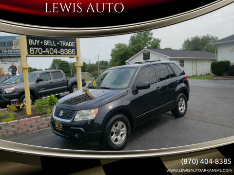 2012 Suzuki Grand Vitara for sale at LEWIS AUTO in Mountain Home AR