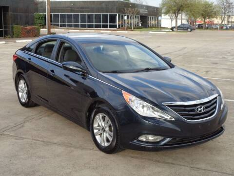 2013 Hyundai Sonata for sale at Auto Starlight in Dallas TX