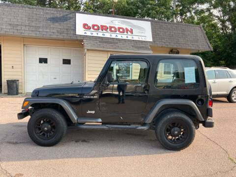 2000 Jeep Wrangler for sale at Gordon Auto Sales LLC in Sioux City IA