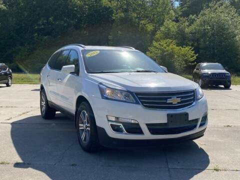2015 Chevrolet Traverse for sale at Betten Baker Preowned Center in Twin Lake MI