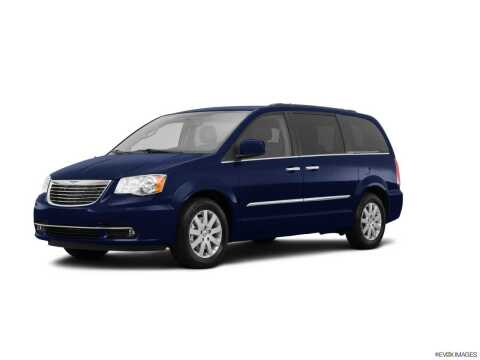 2015 Chrysler Town and Country for sale at BORGMAN OF HOLLAND LLC in Holland MI