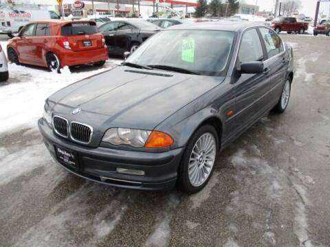 2001 BMW 3 Series for sale at King's Kars in Marion IA