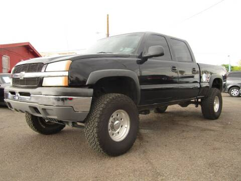2004 Chevrolet Silverado 2500 for sale at Van Buren Motors in Phoenix AZ