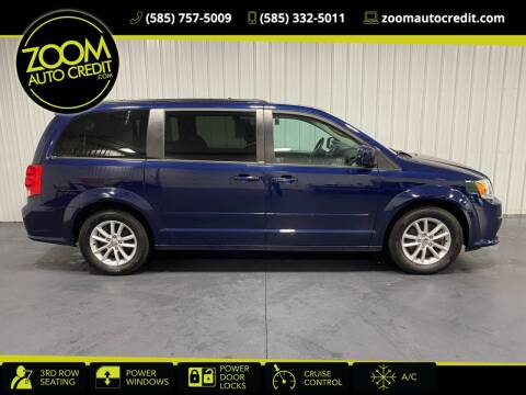 2013 Dodge Grand Caravan for sale at ZoomAutoCredit.com in Elba NY