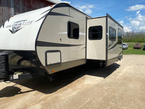 2016 Highland Ridge Bunk House Ultra Light Series for sale at Dave's Auto & Truck in Campbellsport WI
