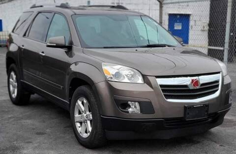 2010 Saturn Outlook for sale at Square Business Automotive in Milwaukee WI