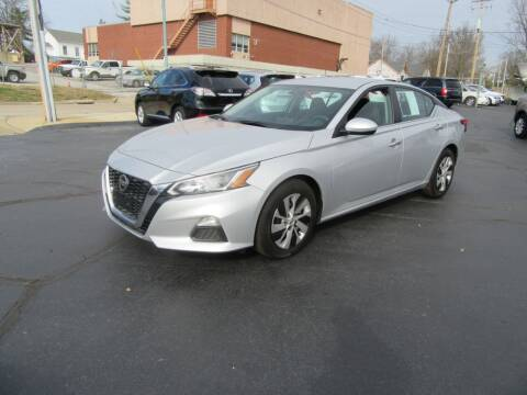 2019 Nissan Altima for sale at Riverside Motor Company in Fenton MO