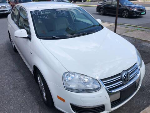 2006 Volkswagen Jetta for sale at Matt-N-Az Auto Sales in Allentown PA