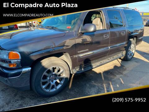 2004 GMC Yukon XL for sale at El Compadre Auto Plaza in Modesto CA