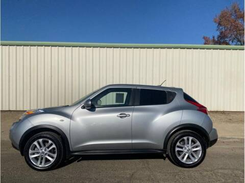 2011 Nissan JUKE for sale at Dealers Choice Inc in Farmersville CA