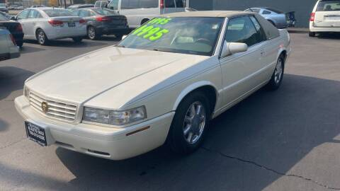 2001 Cadillac Eldorado for sale at ROUTE 6 AUTOMAX in Markham IL