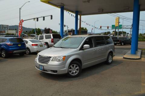 2011 Kia Sportage for sale at Earnest Auto Sales in Roseburg OR