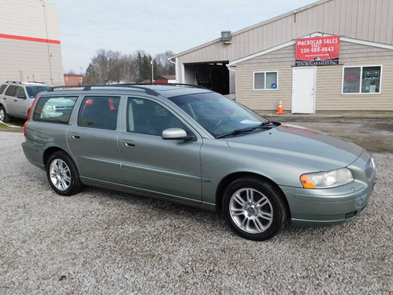2006 Volvo V70 for sale at Macrocar Sales Inc in Akron OH