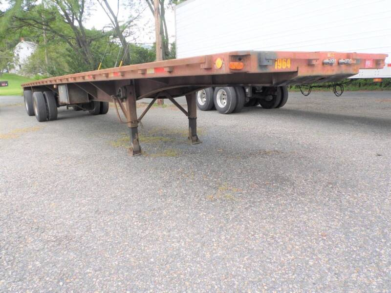 1989 UTILITY flat bed for sale at Recovery Team USA in Slatington PA