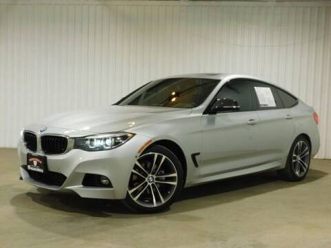 2017 BMW 3 Series for sale at Bulldog Motor Company in Borger TX