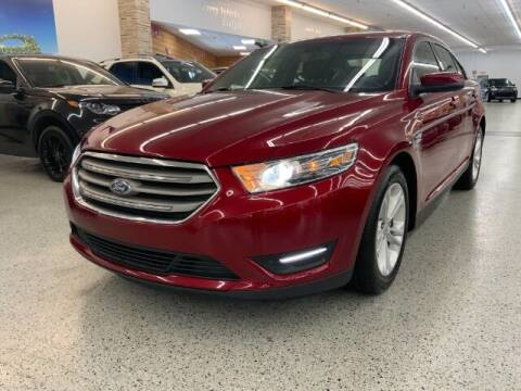 2018 Ford Taurus for sale at Dixie Motors in Fairfield OH