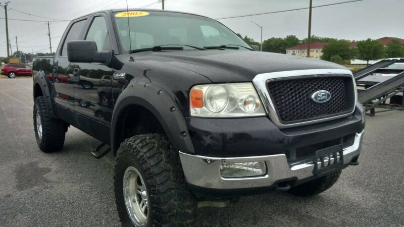 2005 Ford F-150 for sale at Kelly & Kelly Supermarket of Cars in Fayetteville NC