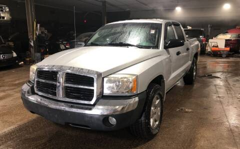 2005 Dodge Dakota for sale at Six Brothers Auto Sales in Youngstown OH