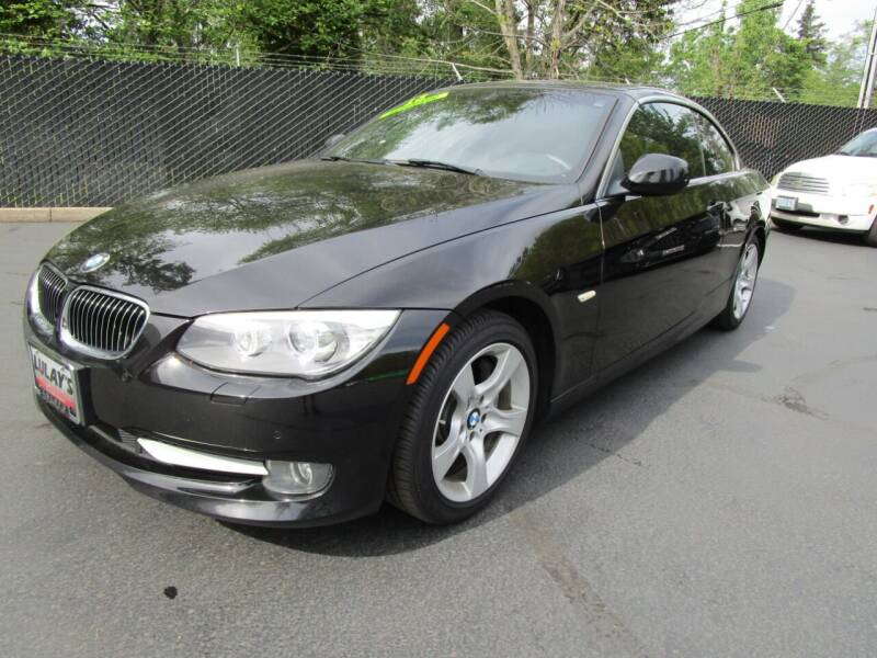 2013 BMW 3 Series for sale at LULAY'S CAR CONNECTION in Salem OR