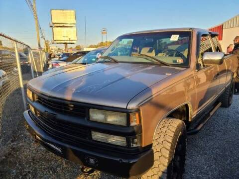1997 Chevrolet C/K 1500 Series for sale at North Knox Auto LLC in Knoxville TN